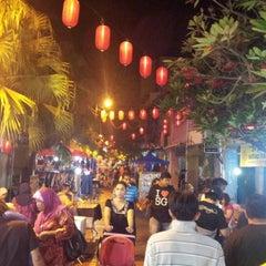 Photo taken at Pasar Karat (Bazar JB) by نظر شه ع. on 10/4/2012