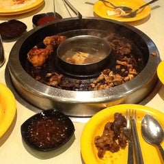 Photo taken at Seoul Garden by mShaifulRizalmn on 10/16/2012