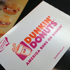 Photo taken at Dunkin' Donuts by Liz E. on 4/22/2013