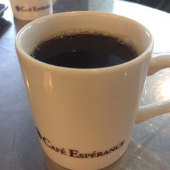 Photo taken at Cafe Esperance by Makoto F. on 10/3/2014