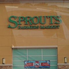Photo taken at Sprouts Farmers Market by Edgar Y. on 9/6/2013