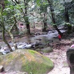 Photo taken at Sg. Congkak Waterfall by Nuyu R. on 1/24/2013