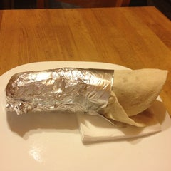Photo taken at Döner Maxx by Razvan C. on 11/6/2012