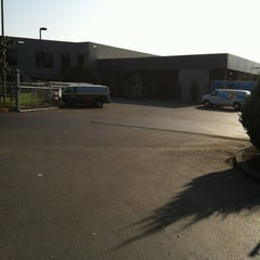 Photo taken at Columbia Distributing by Anthony Z. on 10/11/2012