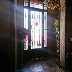 Photo taken at Restaurante El Cruce by Déborah Z. on 3/26/2015