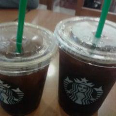 Photo taken at Starbucks by Andicha P. on 11/1/2015