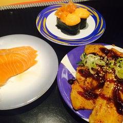 Photo taken at Heiroku Sushi (เฮโรคุ ซูชิ) by Kanyaphak M. on 6/14/2015