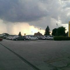 Photo taken at Auto Engleder Hofkirchen GmbH by Günter H. on 7/22/2014