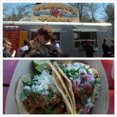 Photo taken at Torchy's Tacos by Danny R. on 3/10/2013