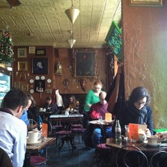 Photo taken at Caffe Reggio by Yoyo L. on 12/25/2012