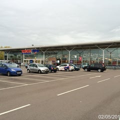 Photo taken at Tesco Extra by Roger N. on 5/2/2015