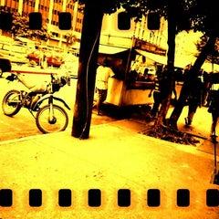 Photo taken at Jollijeep Valero-Dela Costa by Mark T. on 10/19/2012