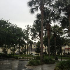 Photo taken at Sheraton Vistana Resort Villas, Lake Buena Vista/Orlando by Daniela S. on 6/21/2013