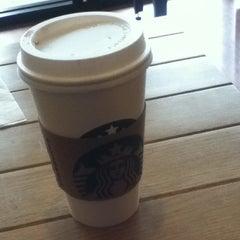 Photo taken at Starbucks by Valeeriaa R. on 1/23/2013