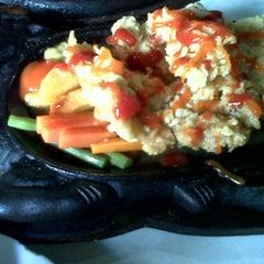 Photo taken at Waroeng Steak & Shake by Puryanti on 12/20/2012