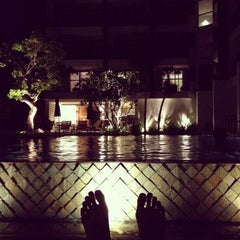 Photo taken at Woodlands Suites Serviced Residences Pattaya by Tar T. on 9/7/2013