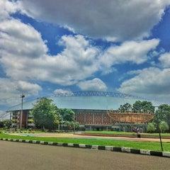 Photo taken at Stadion Gelora Sriwijaya (GSJ) by yopie p. on 3/8/2016