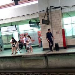 Photo taken at 延安西路地铁站 | W. Yan'an Rd. Metro Stn. by くろねk on 6/29/2014