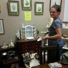 Photo taken at The Antique Gallery of Round Rock by Jon M. on 9/2/2013