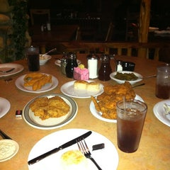 Photo taken at Babe's Chicken Dinner House by Merryl C. on 2/7/2013