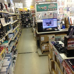 Photo taken at ドスパラ 仙台店 by K T. on 10/17/2012