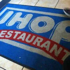 Photo taken at IHOP by Aida C. on 11/17/2012