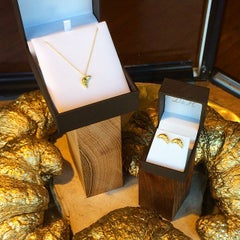 Photo taken at D&H Sustainable Jewelry by DnH Sustainable J. on 11/5/2014