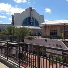 Photo taken at Regal Cinemas Pointe Orlando 20 & IMAX by Jing T. on 5/6/2013