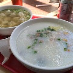 Photo taken at Mei Mei Restaurant by Lyle F. on 4/8/2014
