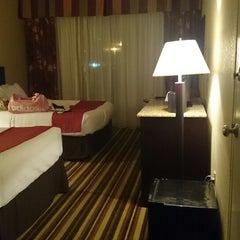 Photo taken at Holiday Inn Orlando Sw - Celebration Area by Liz F. on 6/24/2014