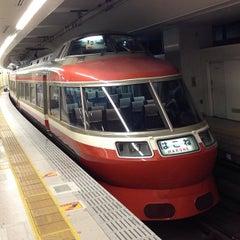 Photo taken at 小田急 新宿駅 2-3番線ホーム by Gackoo . on 7/14/2013