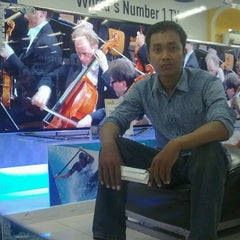 Photo taken at Hartono Elektronika by Solikin A. on 10/7/2012