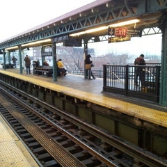 Photo taken at MTA Subway - Junction Blvd (7) by Kerwin M. on 2/5/2013