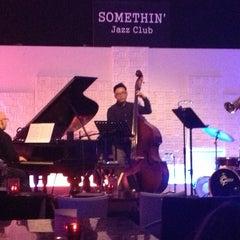 Photo taken at Somethin' Jazz Club by Gillian on 2/2/2013