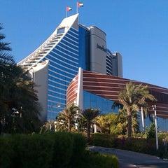 Photo taken at Jumeirah Beach Hotel فندق جميرا بيتش by Owais A. on 9/24/2013