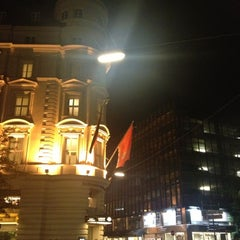 Photo taken at Mandarin Oriental, Munich by si s. on 10/17/2012