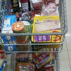 Photo taken at Mateus Supermercado by Fabio B. on 10/26/2013