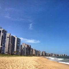 Photo taken at Praia de Itaparica by Márcio A. on 2/8/2013