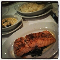 Photo taken at Ruth's Chris Steak House by Andy R. on 8/3/2013