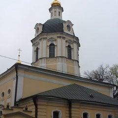 Photo taken at Храм святителя Николая в Звонарях by Alexey P. on 5/4/2013