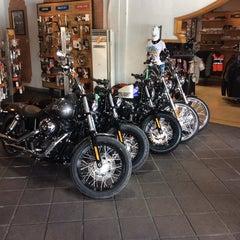 Photo taken at Dewata Harley-Davidson by Gunawan M. on 2/21/2014