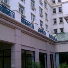 Photo taken at Hilton Garden Inn Jacksonville / Ponte Vedra by Lloyd B. on 6/22/2012