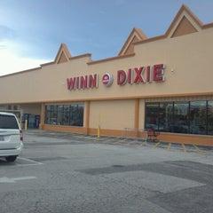 Photo taken at Winn-Dixie by Bobby B. on 7/23/2012
