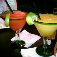 Photo taken at Chevys Fresh Mex by Maria Y. on 11/18/2011