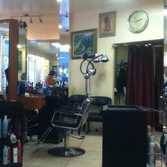 Photo taken at Gigi's Salon by Aleck on 12/1/2011