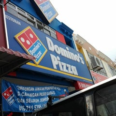 Photo taken at Domino's Pizza by Sswardah H. on 4/29/2012