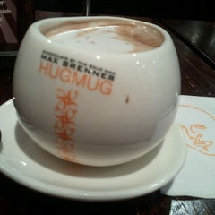 Photo taken at Max Brenner Chocolate Bar by Phuong H. on 8/21/2011