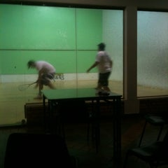 Photo taken at Academia Campograndense de Raquetes by Dower M. on 1/31/2012