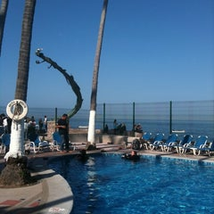 Photo taken at Hotel Rosita by Claudia G. on 3/24/2011