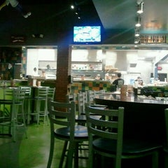 Photo taken at Mellow Mushroom by Adrienne R. on 10/30/2011